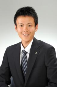 営業課  中村 隆太