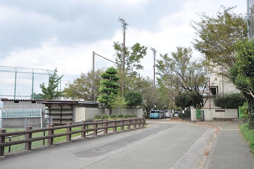 http://www.takasugi.co.jp/kumamoto/wp-content/uploads/2018/03/futaokachugakko.jpg