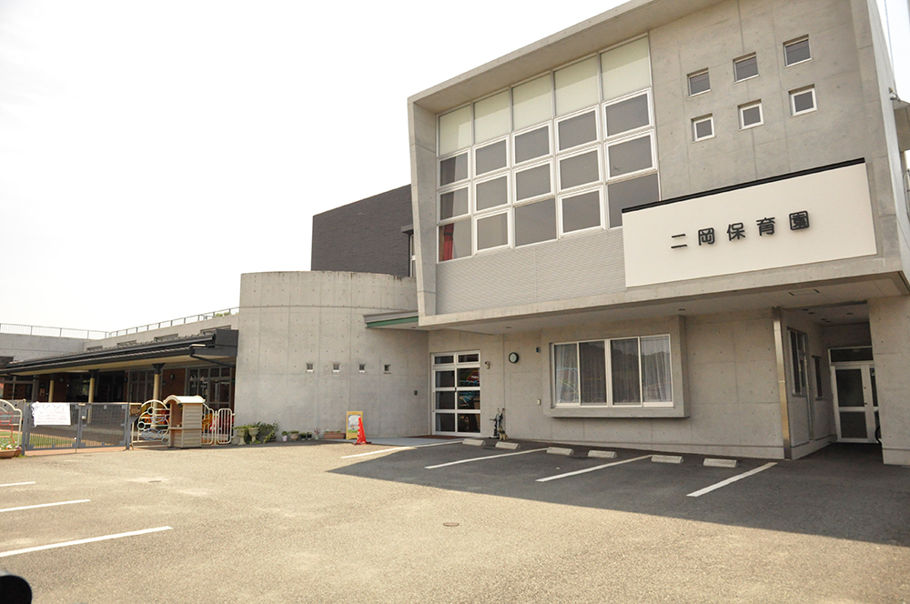 https://www.takasugi.co.jp/kumamoto/wp-content/uploads/2018/03/futaokahoikuen.jpg