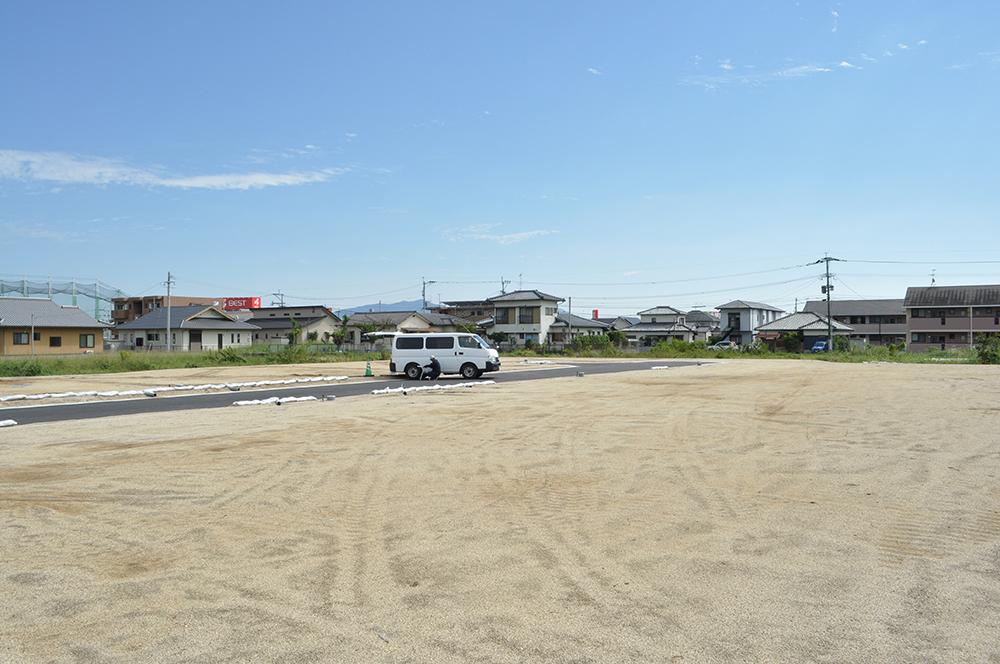 全区画70坪以上のゆとりある敷地です